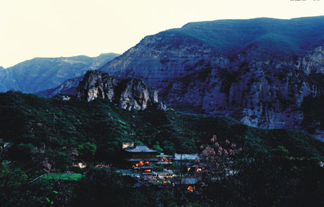 青龙山慈云寺 _ 周边景点 -- 浮戏山雪花洞风景区